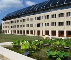 Yale's School of Forestry and Environmental Studies, Kroon Hall